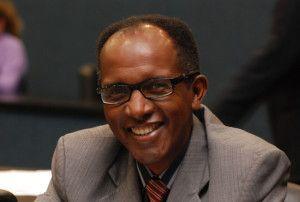 O deputado Marlúcio Pereira é o autor do projeto de lei