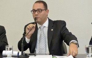 A proposta é do deputado Virmondes Cruvinel Filho