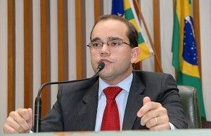 O deputado goiano Fábio Souza é o autor do projeto
