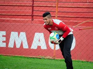 O goleiro Cleber Alves