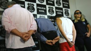 Três pessoas foram presas hoje de manhã